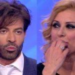 """Tina Cipollari e Gianni Sperti, ex corteggiatore li smentisce: """"Non è così"""""""