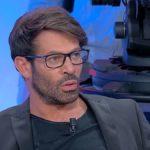 """Gianni Sperti, messaggio a Paola Barale? """"Molte persone riserbano rancore"""""""