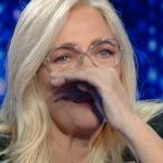 """Mara Venier criticata: """"Piange a Domenica In invece di farci ridere"""""""