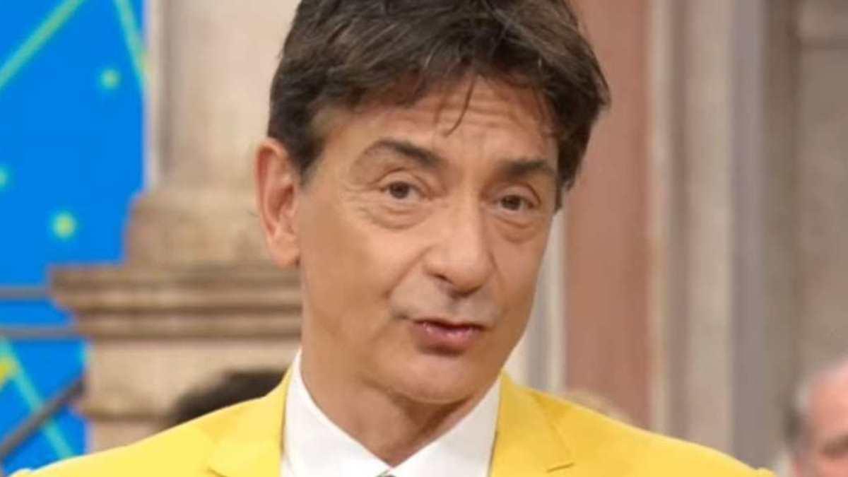 Foto Paolo Fox Oroscopo giallo