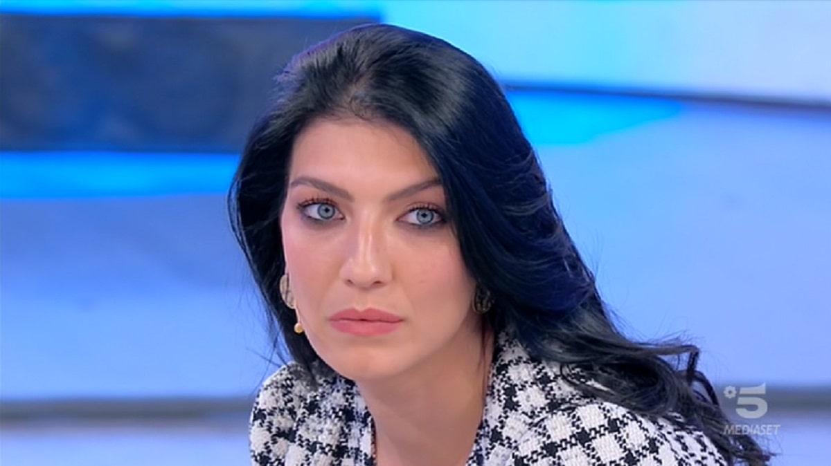 Foto Giovanna Abate scontro con Sammy Uomini e Donne