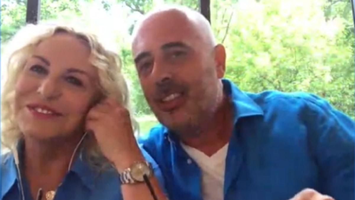 foto di Antonella Clerici e Vittorio Garrone a Domenica In