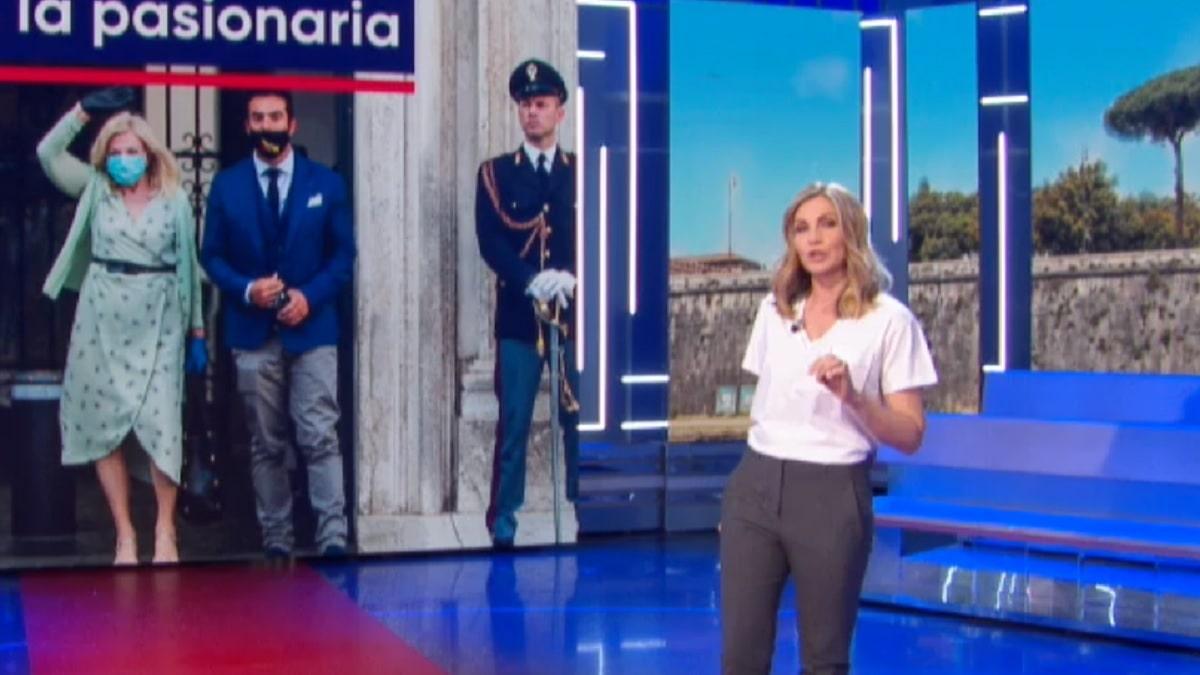 foto di Lorella Cuccarini a La vita in diretta del 28 maggio 2020