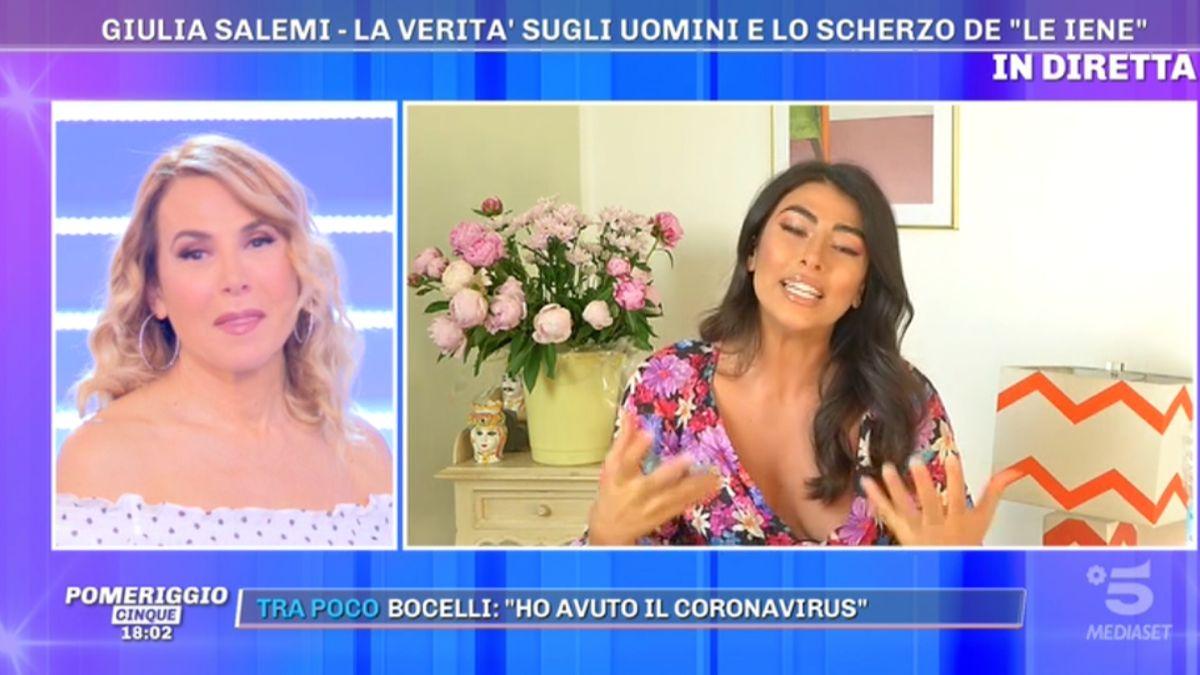 Foto Giulia Salemi scherzo Pomeriggio Cinque