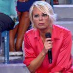 Uomini e Donne non va in onda: Maria De Filippi si ferma. La decisione