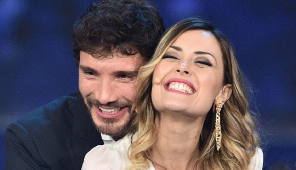 Foto Stefano De Martino e Fatima Trotta