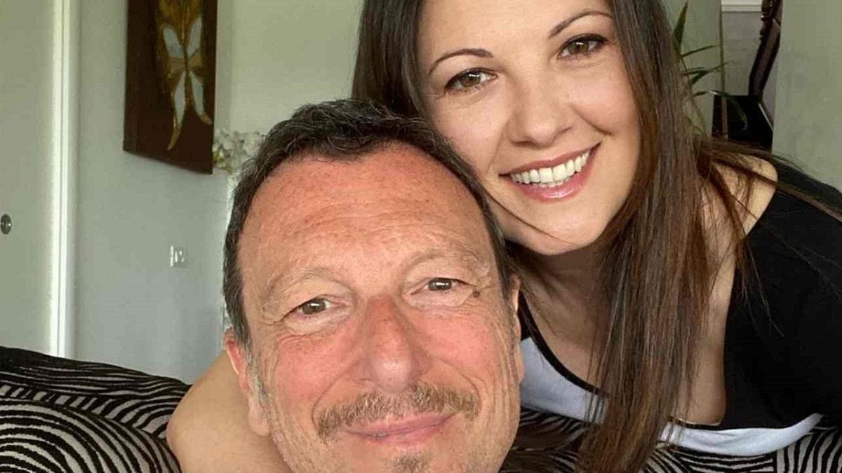 foto di Amadeus e Giovanna Civitillo