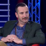 """Costantino sul coming out di Gabriel Garko al GF Vip: """"Non molto chic"""""""