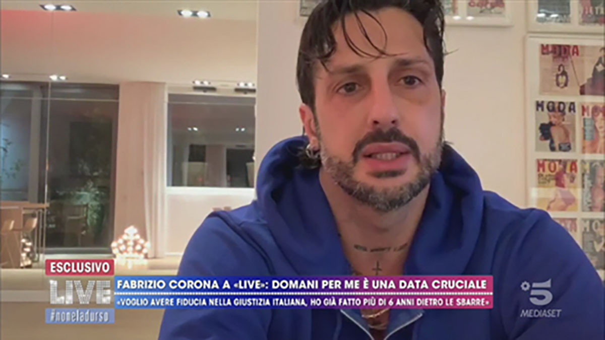 foto Fabrizio Corona a Live-Non è la D'Urso