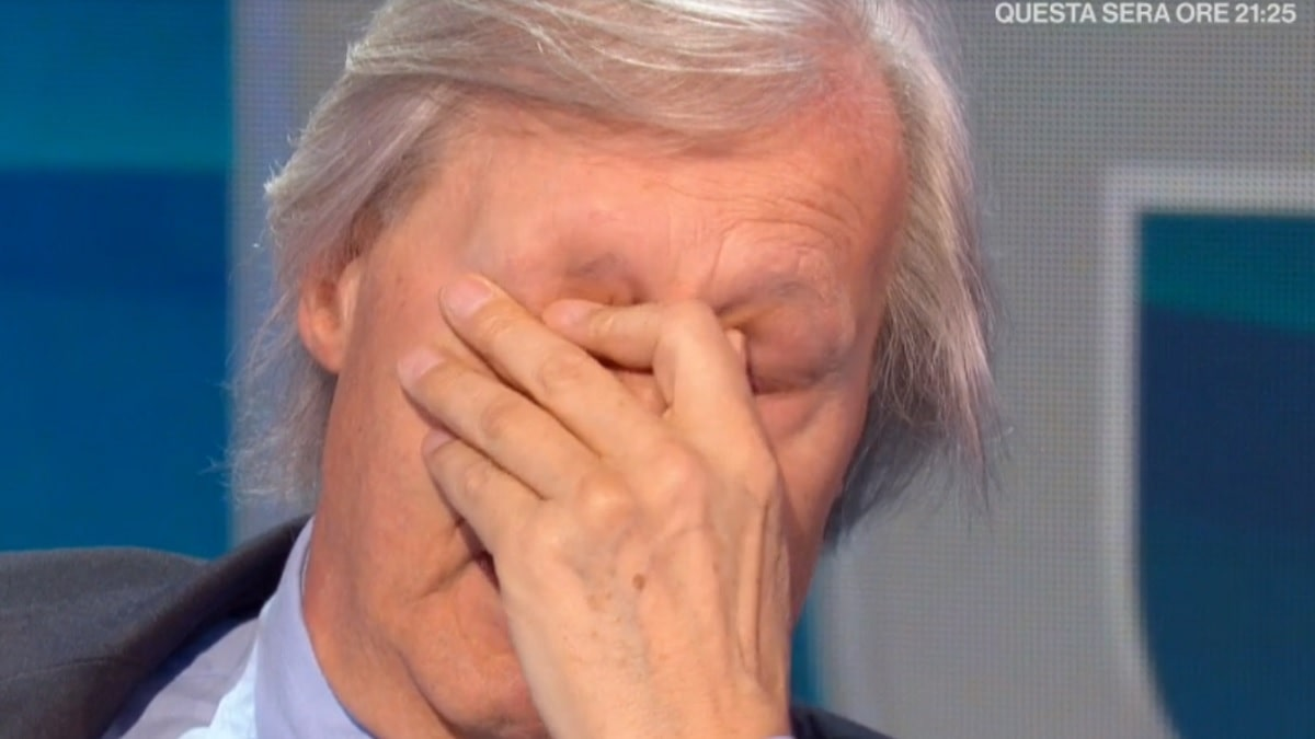 foto di Vittorio Sgarbi in lacrime a Io e Te