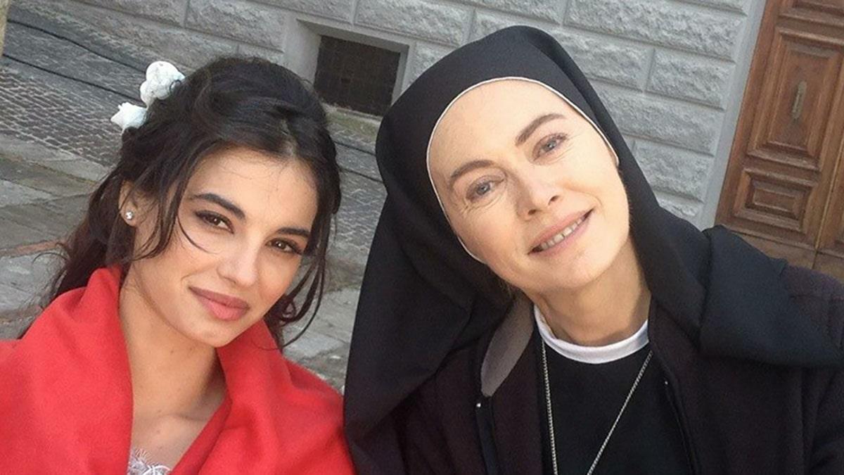 foto Francesca Chillemi Elena Sofia Ricci Che Dio ci aiuti 6