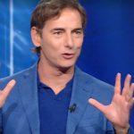 "Marco Liorni al pubblico di Reazione a catena: ""Siete in mutande?!"""