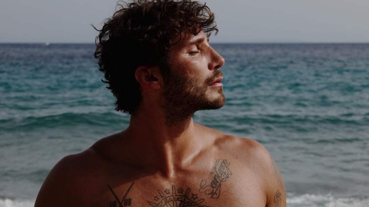 foto Stefano De Martino al mare