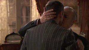 foto Una Vita Eladio e Alfredo bacio