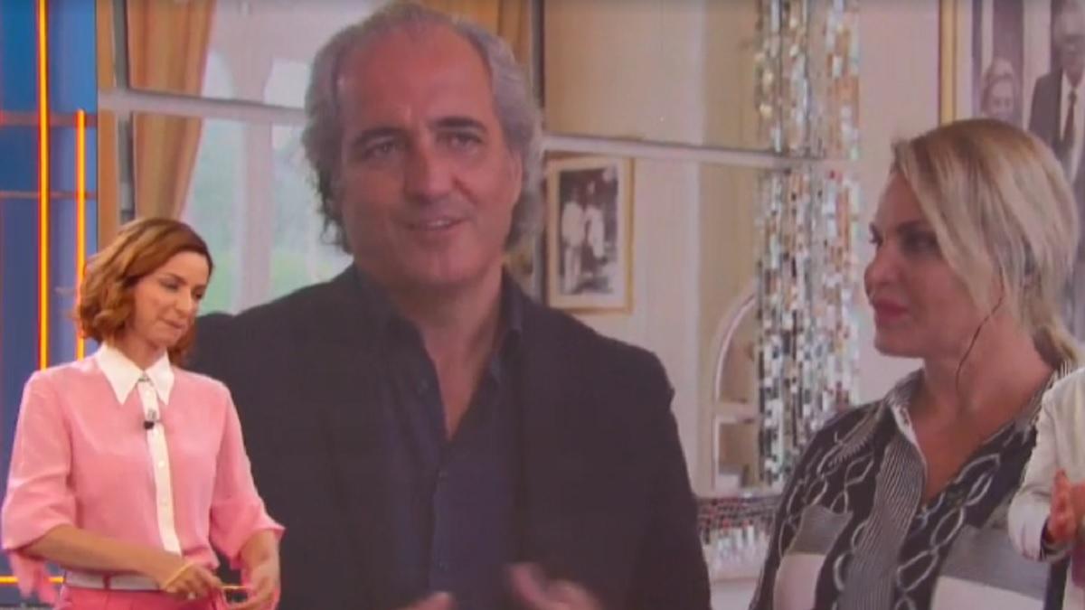 foto di Simona Ventura e Gianni Terzi a La vita in diretta Estate