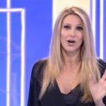 """Adriana Volpe sugli ascolti di Ogni Mattina ammette: """"I dati non brillano"""""""
