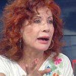 """Storie Italiane, sfogo Alda D'Eusanio: """"Persone che vivono come topi"""""""