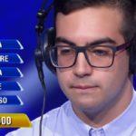 L'Eredità: Mario, 20 anni, è il primo campione. Delusione alla ghigliottina