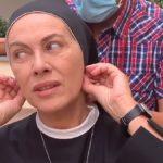 """Elena Sofia Ricci scherza sul set di Che Dio ci aiuti: """"Sembro una tossica"""""""