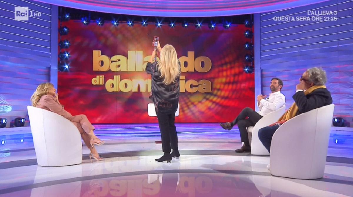 Milly Carlucci annuncia il ritorno di Raimondo Todaro a Ballando
