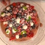 È sempre mezzogiorno Antonella Clerici: ricetta torta del bosco, 1^ puntata