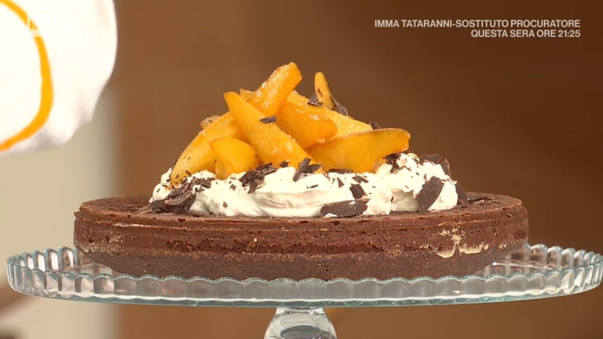 foto È sempre mezzogiorno torta pere cioccolato