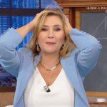 """Serena Bortone si dispera per un litigio in studio: """"La puntata è finita"""""""