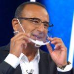 """Tale e Quale Show, Carlo Conti annuncia: """"Mi sto preparando per stasera"""""""