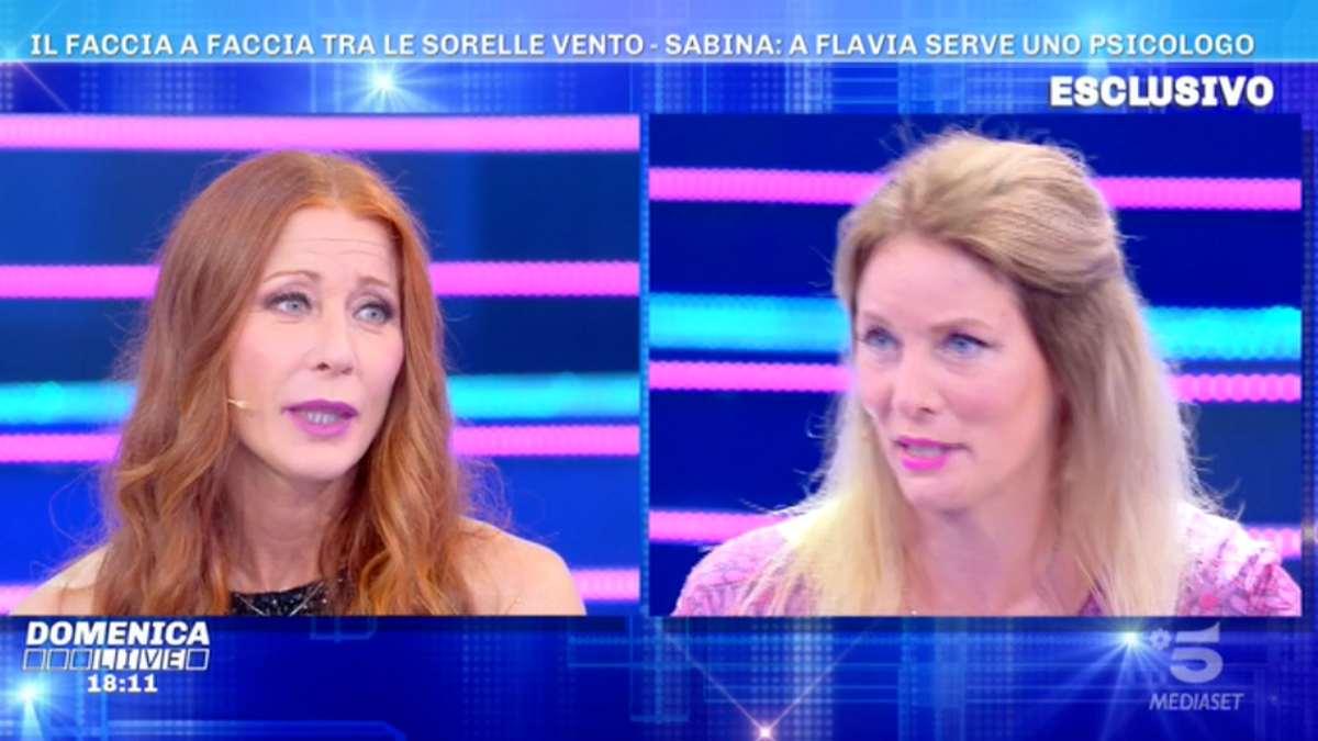 Foto Flavia Vento Sabina Domenica Live