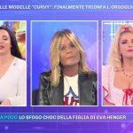 """Pomeriggio 5, Francesca Cipriani si ribella: """"Meglio di un palo di scopa!"""""""