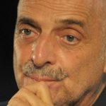 """Paolo Brosio in lacrime al GF Vip: """"Non uscivo più da quell'ospedale"""""""