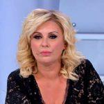 """Tina Cipollari, Kikò la avverte: """"Non mettere il becco nella mia vita"""""""