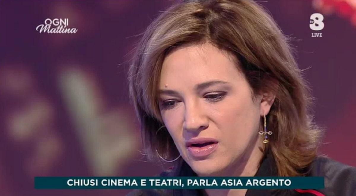 Foto Asia Argento Confessione Drammatica Ogni Mattina