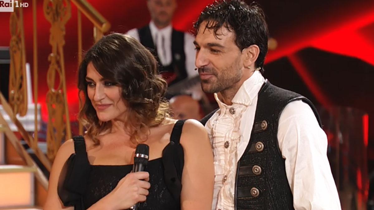 foto Elisa Isoardi e Raimondo Todaro a Ballando con le stelle