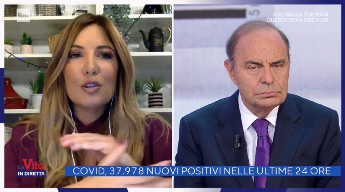 foto di Selvaggia Lucarelli e Bruno Vespa a La vita in diretta