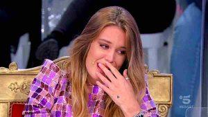 foto sophie codegoni in lacrime