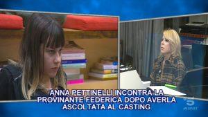 Foto Arianna Gianfelici Contro Anna Pettinelli Amici 20