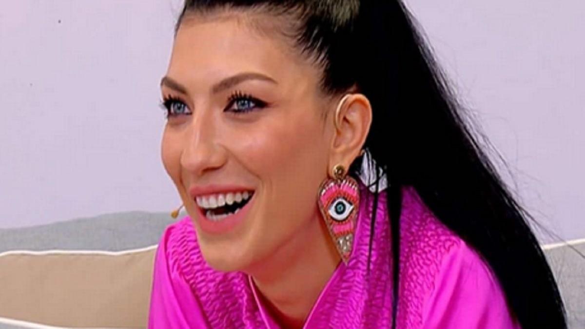 foto Giovanna Abate Uomini e Donne Miss Italia