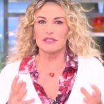 """Antonella Clerici, cosa succede dietro le quinte: """"Mentre sono in onda…"""""""