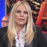 Storie Italiane, slitta la diretta: Eleonora Daniele in onda in ritardo