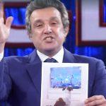 """Flavio Insinna torna a parlare di Massimo Cannoletta: """"Arrivata questa foto"""""""