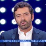 """Alberto Matano tuona a La vita in diretta: """"Momenti di follia"""""""