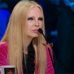 """Il cantante mascherato, Patty Pravo ammette: """"Devo stare attenta"""""""