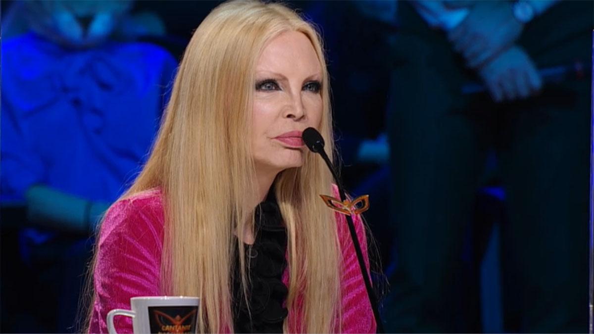 foto Patty Pravo a Il cantante mascherato