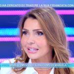 "Isola dei Famosi, Manuela Ferrera a Emanuela Tittocchia: ""Deve rassegnarsi"""