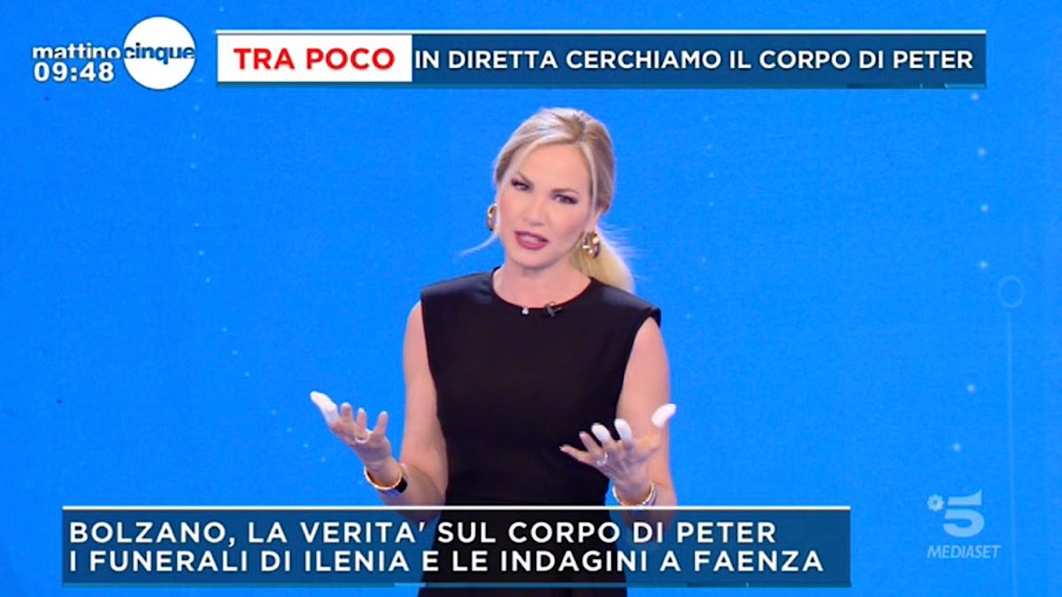 Foto Federica Panicucci dita fasciate