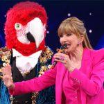 Il cantante mascherato, terza edizione: Milly Carlucci torna nel 2022