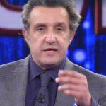 """L'Eredità, Flavio Insinna annuncia l'intervento di un collega: """"Un amico…"""""""