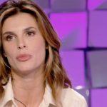 """Elisabetta Canalis, critiche per Vite da copertina. Cecchi Paone: """"Non è semplice"""""""