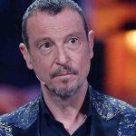 """Amadeus, confessione su Sanremo 2021: """"A volte mi sono sentito solo"""""""